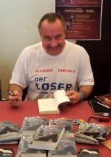 Buchsignatur nach Autorenlesung FeenCon 2014 • Autor Florian Gerlach | Lesungstermine bitte über das Kontaktformular anfragen • https://florian-gerlach-autor.de
